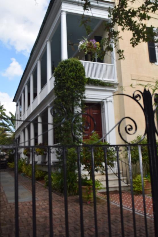 Charleston2016YellowHouse
