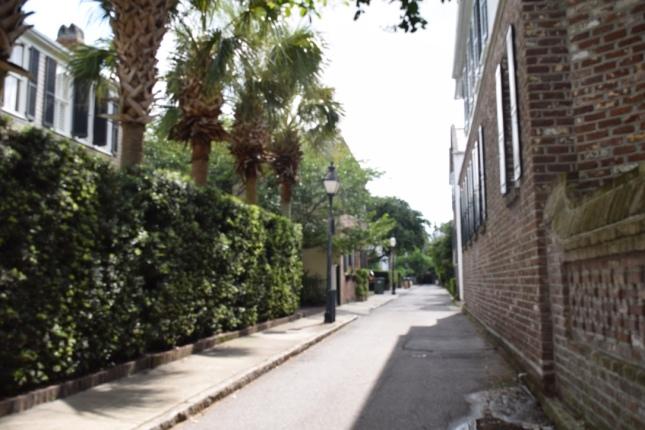 CharlestonAlley2